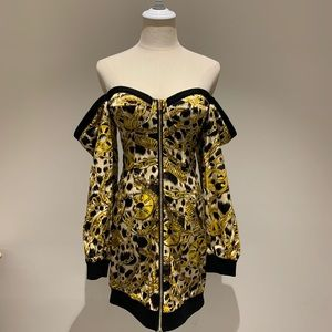 Moschino x H&M Jeremy Scott Off The Should Dress